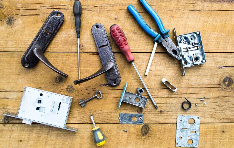 locksmith-hardware