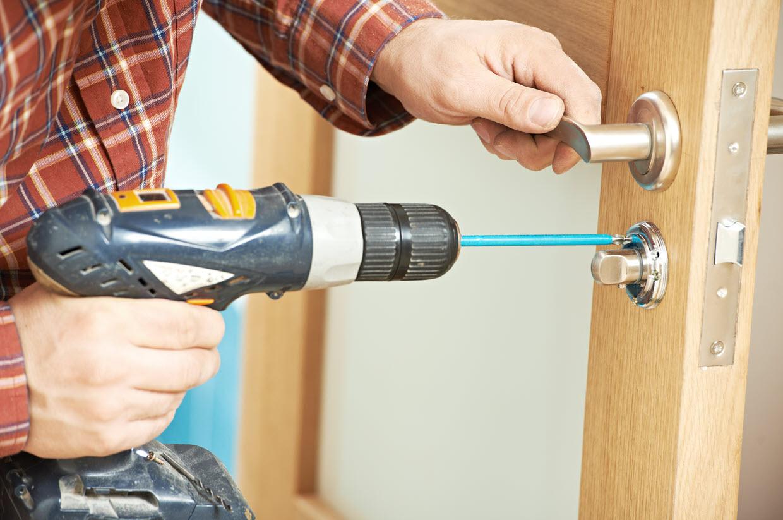 lock breaking tool